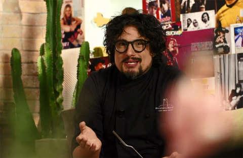 Pennette di kamut con pesto di canapa - Kitchen Sound - Alessandro Borghese - Seconda puntata - Seconda stagione - Nuove ricette di gusto