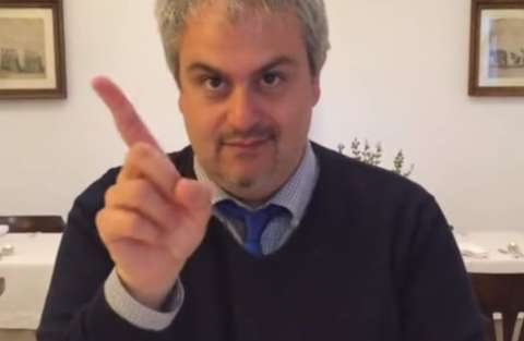 gli_italiani_gesticolano_video