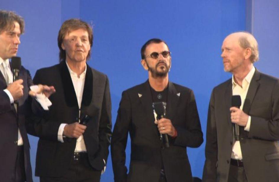 Fan in delirio a Londra per 'The Beatles: Eight days a week'