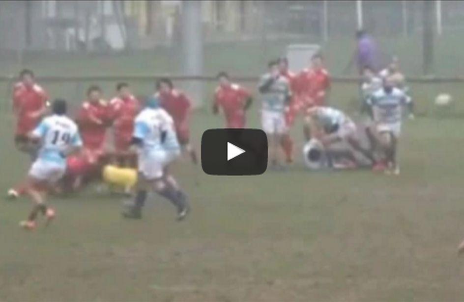 Rugby: giocatore travolge arbitro donna, 3 anni di squalifica