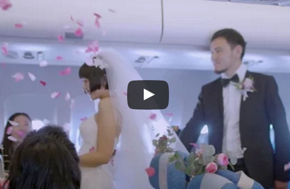 Matrimonio In Alta Quota : Celebrano il matrimonio volando da shangai a hong kong