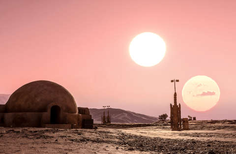 Esiste un pianeta con due soli come Tatooine in Star Wars