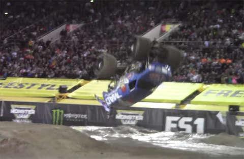 Lee O'Donnell ha realizzato il primo salto mortale con un monster truck