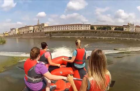 Rafting al centro di Firenze, sulle cascate dell'Arno