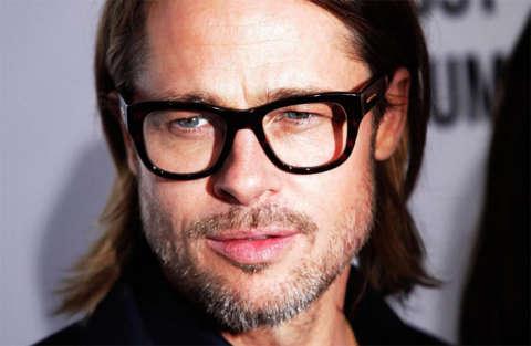 Brad Pitt parla finalmente dei suoi problemi e della separazione da Angelina Jolie.