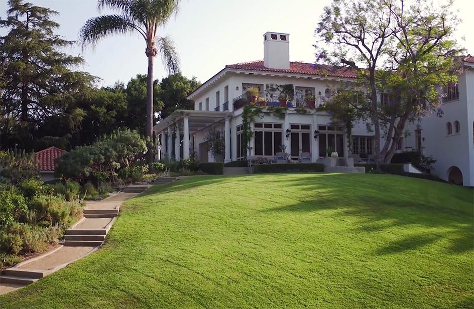 La nuova villa di Angelina Jolie: per stare più vicina a Brad Pitt?