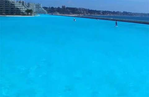 La piscina più grande del mondo è lunga un chilometro