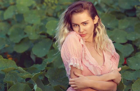 Miley Cyrus, nuovo progetto musicale, nuova vita!