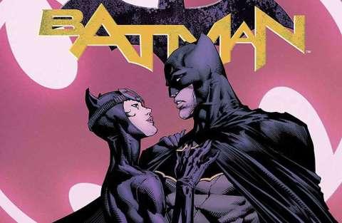 Batman si inginocchia e chiede la mano di Catwoman