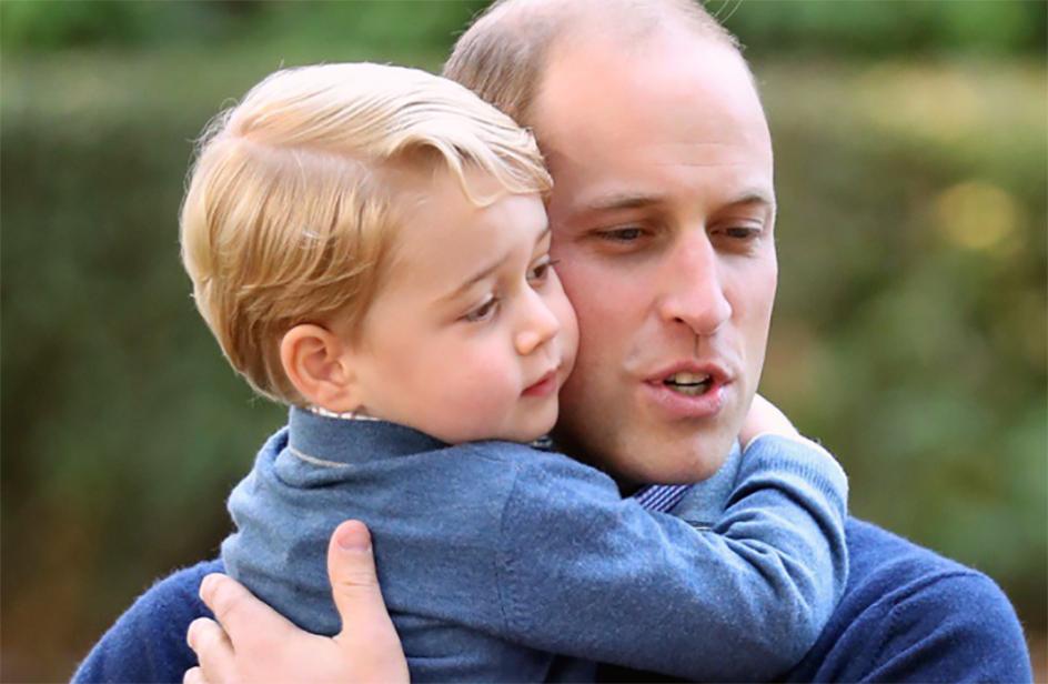Festa del papà: una foto di William con George, ma senza Charlotte