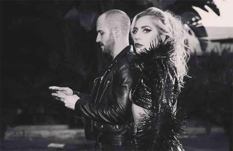 Lady Gaga e il nuovo look per il film con Bradley Cooper