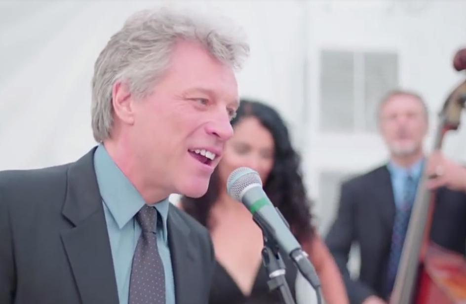 Jon Bon Jovi: canta 'Livin' On a Prayer' al matrimonio!